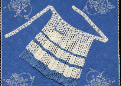 Daisies In Blue Quilt