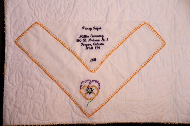 Label on Pansy Fayre quilt